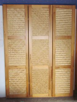 большой шкаф для спальньни