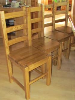 стулья из массива дерева