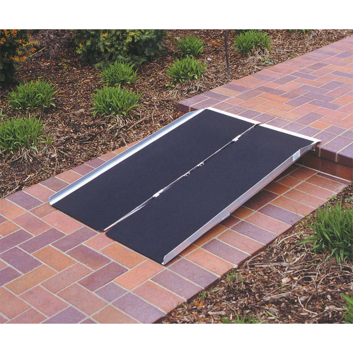 Singlefold Wheelchair Ramp