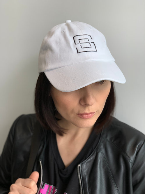 Hat with SSTAGIONI logo