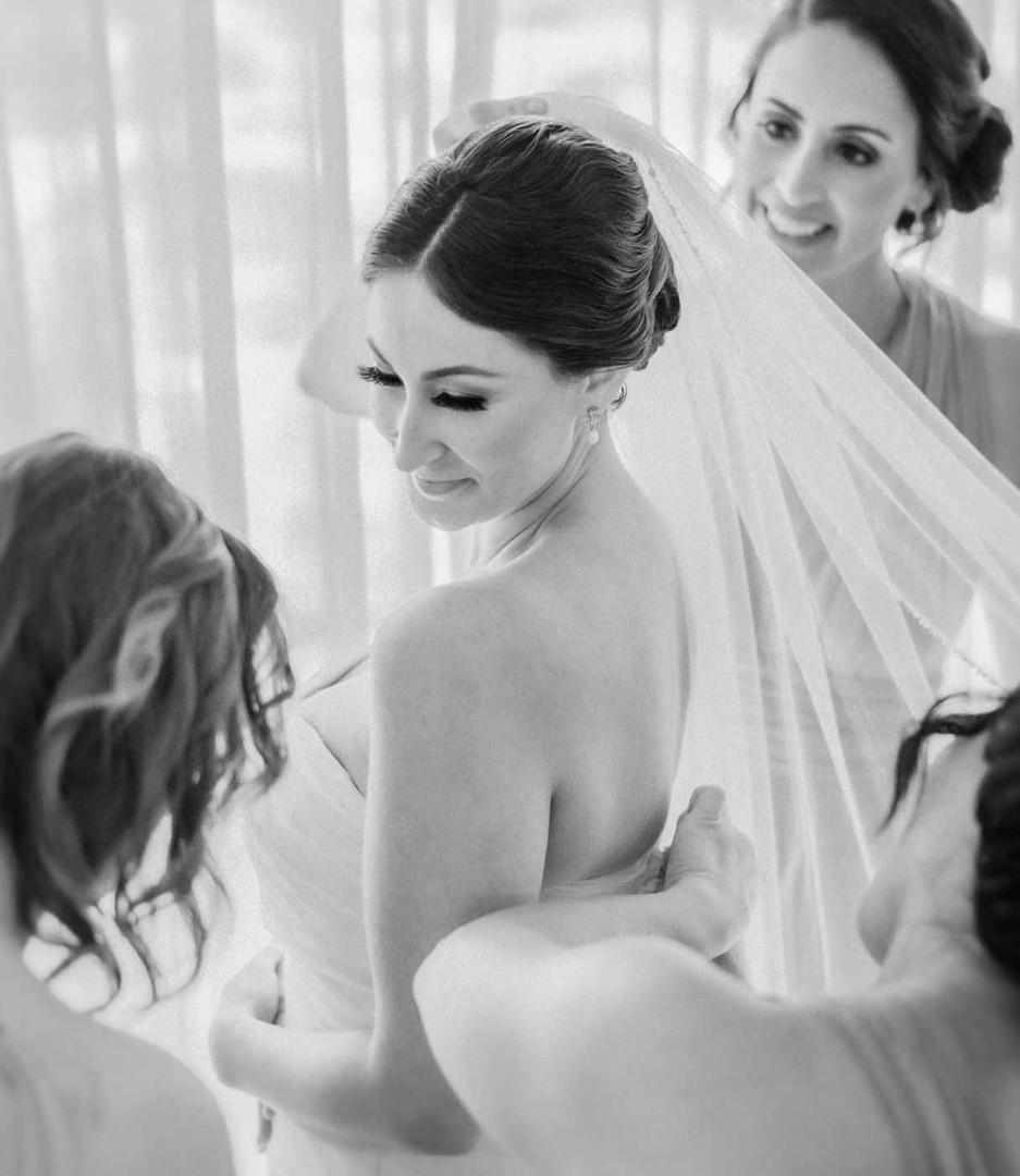 Bridal Portrait in Kahala Resort