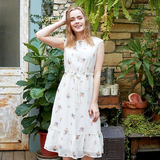 (Woman) Chiffon floral swing dress