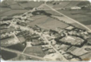 Agerskov-by-fra-luften-1960-e14003556271