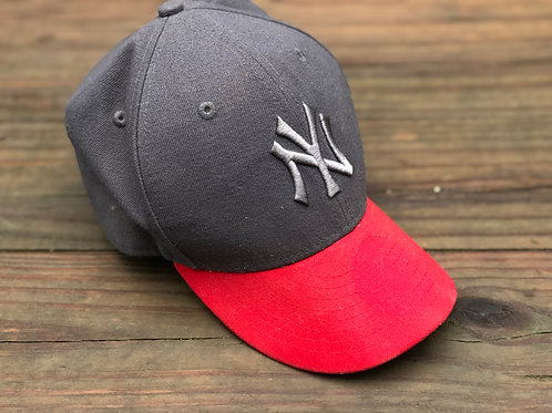 """59Fifty Grey/Red NY Hat """"Fitted"""""""