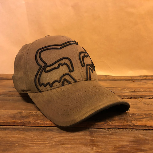 Fitted Fox Hat Flex Fit S-M