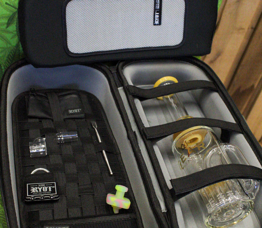 Ryot case and Gear