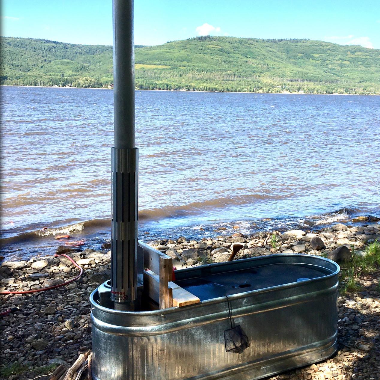 Remote beach tub