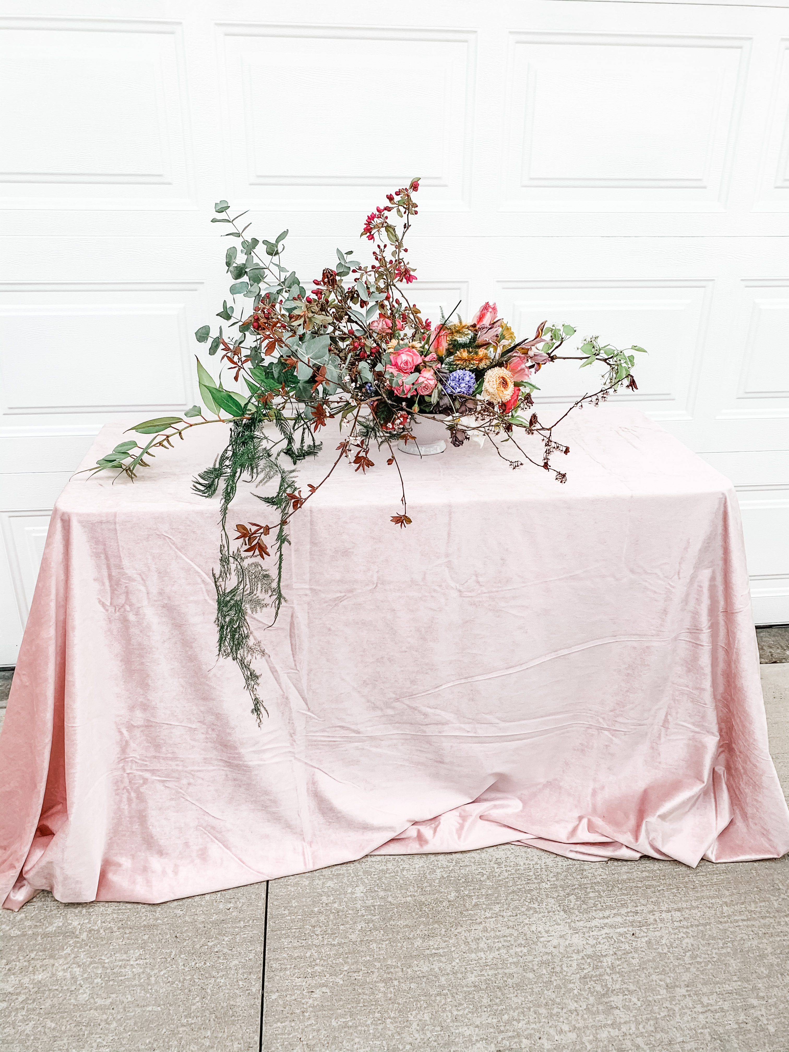 Velvet Accent Tablecloth