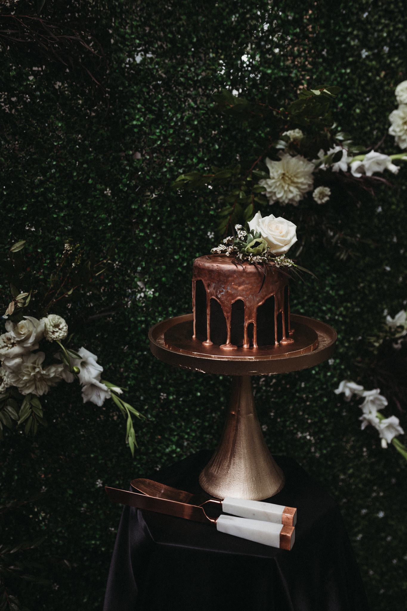 Cake Stand + Servers