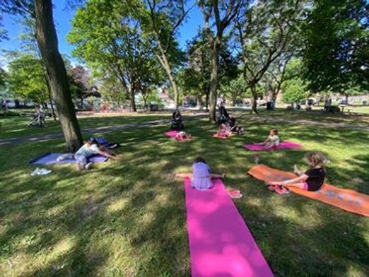 park yoga 1 .jpg
