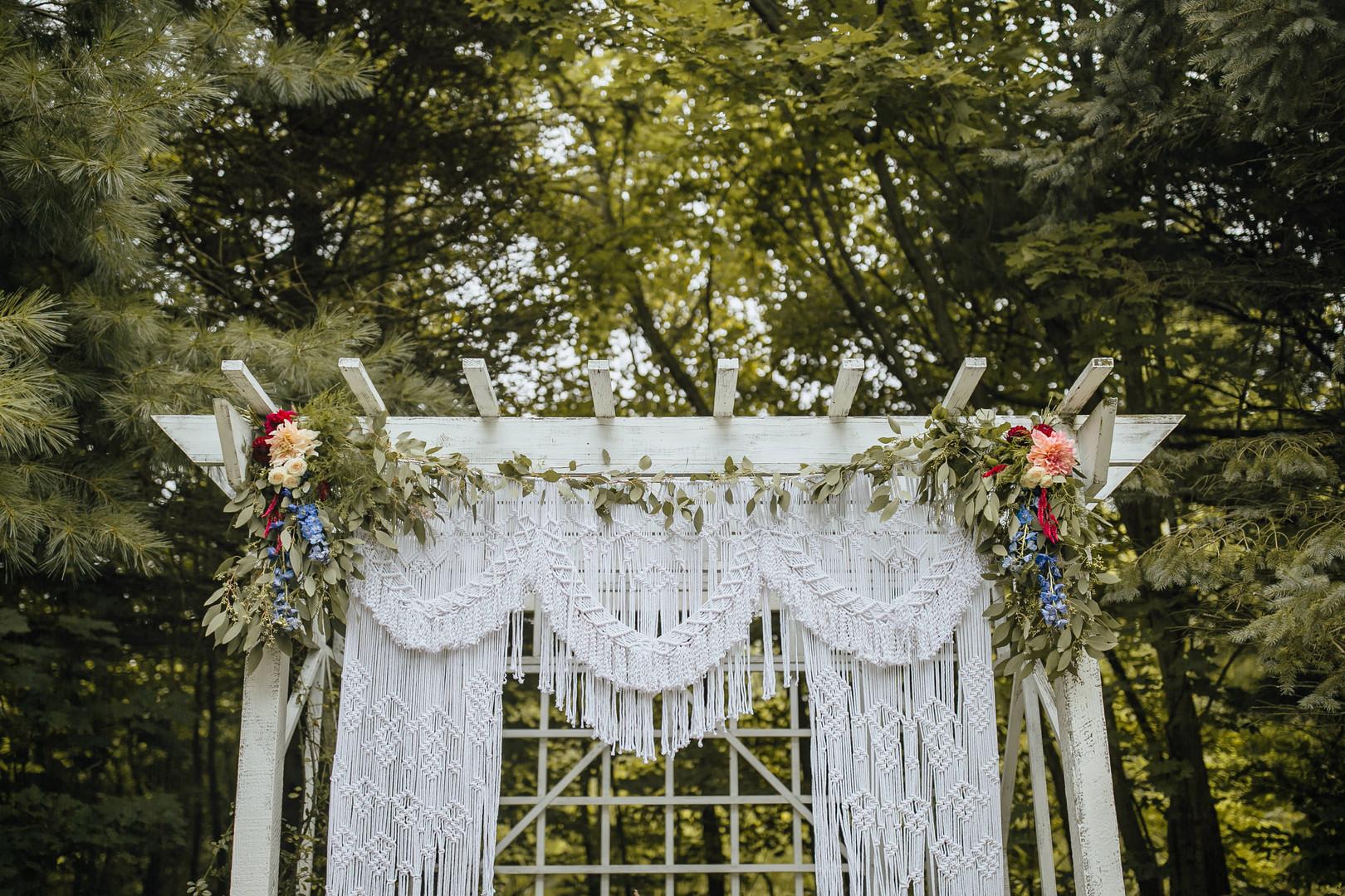2019-9-Megan-Alex-Ceremony-MillCreek-Wil