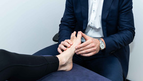 Toe joint pain – What causes it and what can be done about it?