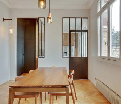 Une cuisine semi-cachée malma architecture