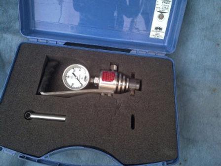 ENGINE PICK INDICATOR [pick pressure gauge] www.idealdieselmarine.com email-idealdieselsn@hotmail.co