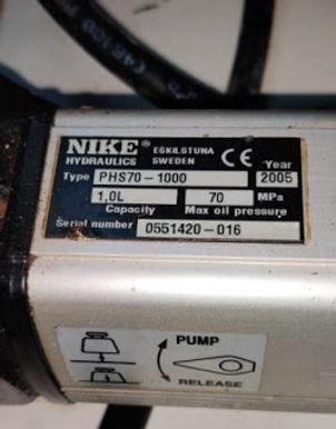 HYDAC filters we have for sale types 0330 D 020 BN HC 2 0240 D 010 BN HC 2 0240 D 020 BN /HC 2 0240