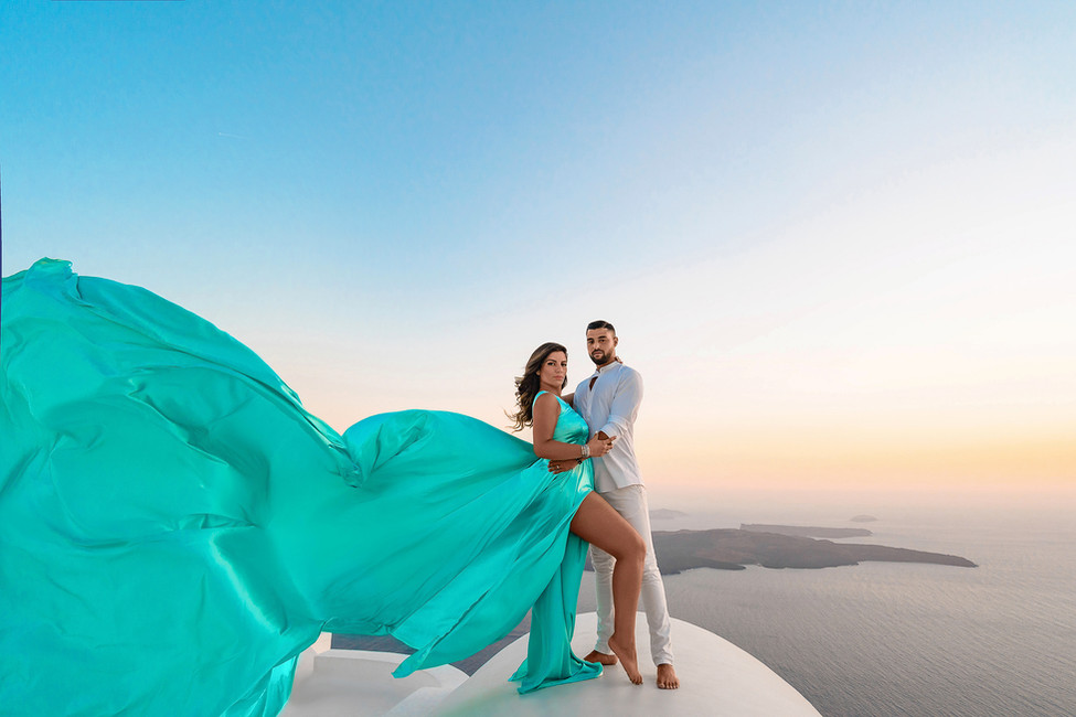 couple photoshoot dress