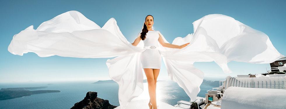 "9. White ""wings"" belt"