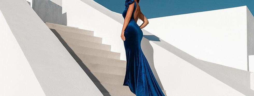 13. Royal blue velvet dress