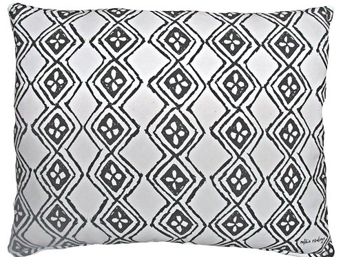 RR204, Black and White Pattern, 2 sizes
