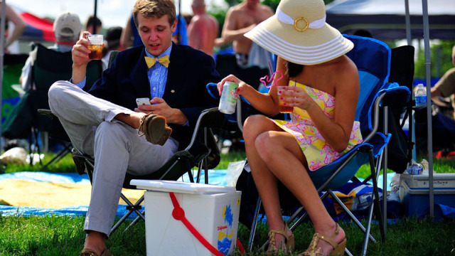 kentucky-derby-gear