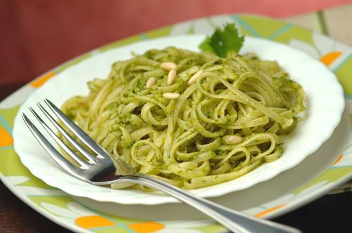Spaghetti al Sugo di Asparagi Bio