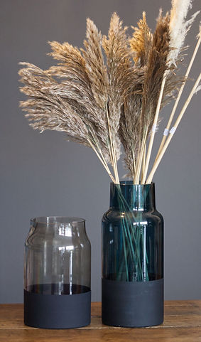 A vases 2.jpg