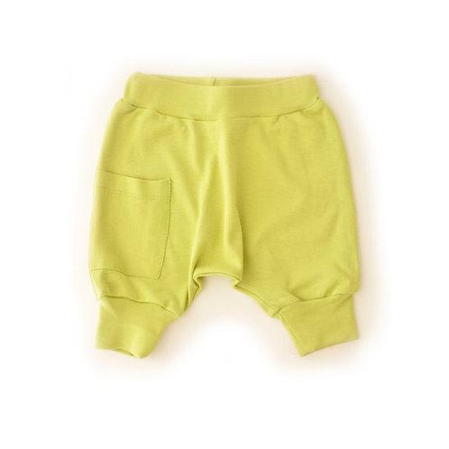 מכנס בגזרת בלון קצר ירוק