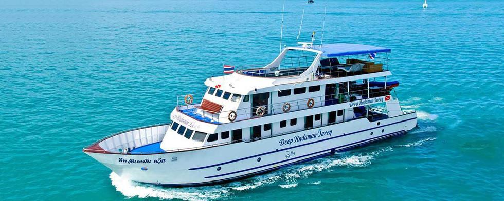 deep-andaman-queen-liveaboard-dive-boat-burma-myanmar.jpg