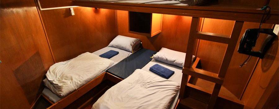 MV-Manta-Queen-3-Cabin.jpg