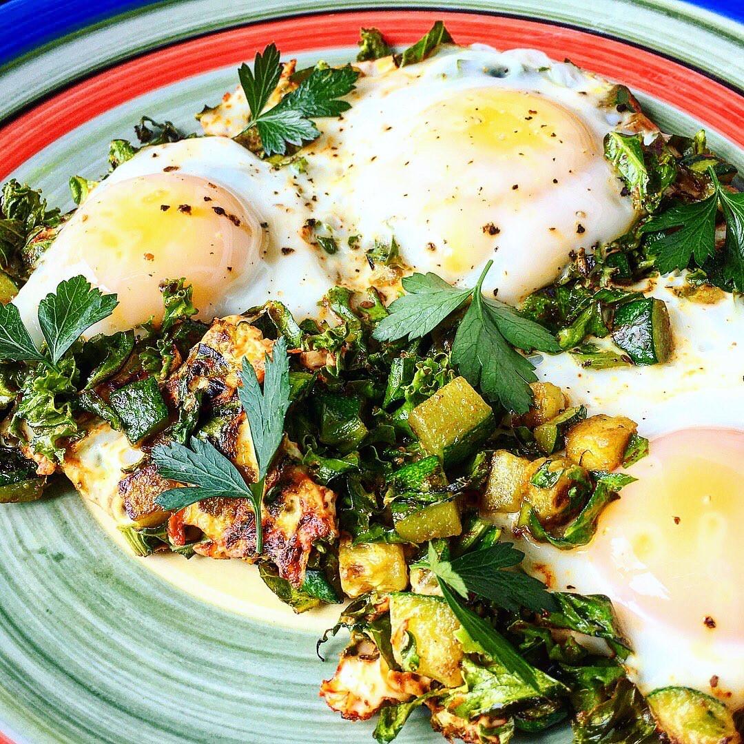 Green Garden Medium Eggs