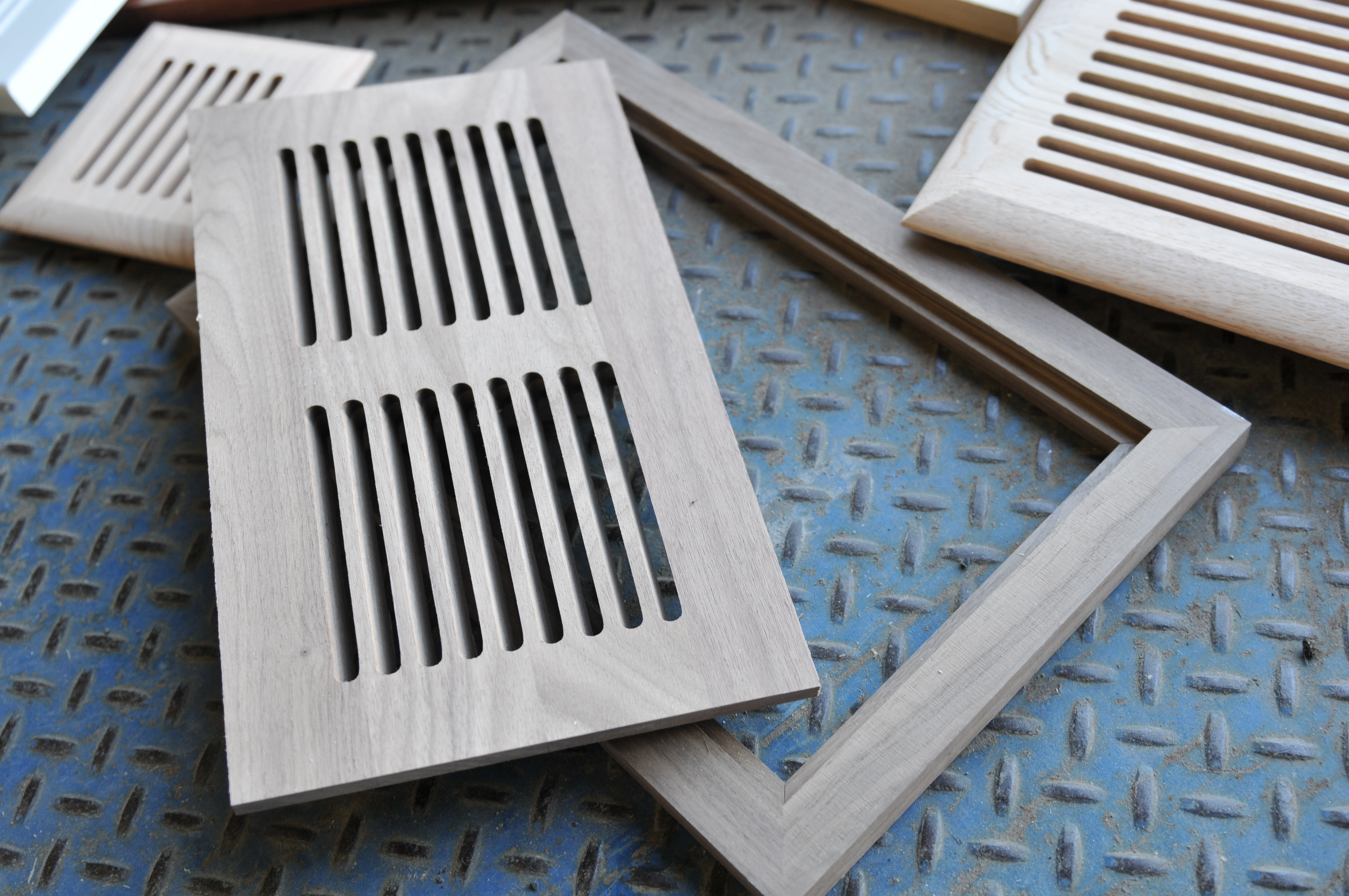 Boiseries Can Air Woodworks Inc Hardwood Air Vents