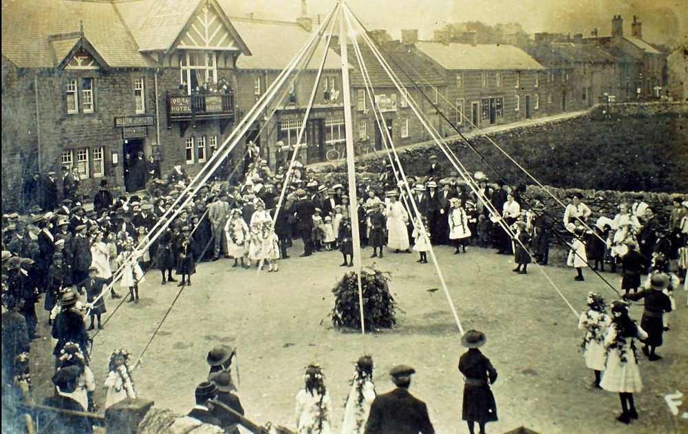 Image of Children May pole dancing out side the Peak Hotel