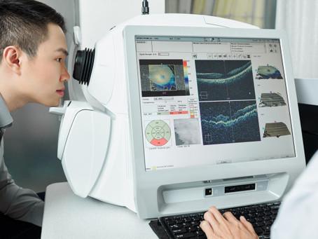 Eyecare Deluxe now open; educates clients on comprehensive eye exam