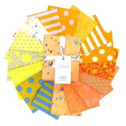 Tula Pink - True Colours - Factory Cut Fat Quarter Bundle -Goldfish