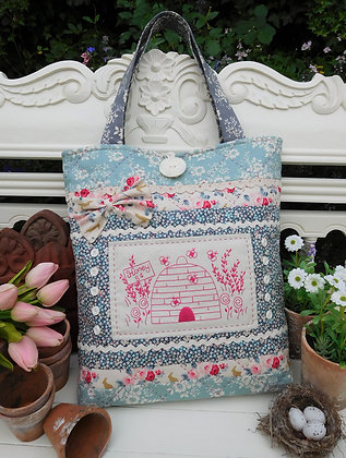 Busy Little Bees Pattern by The Rivendale Collection