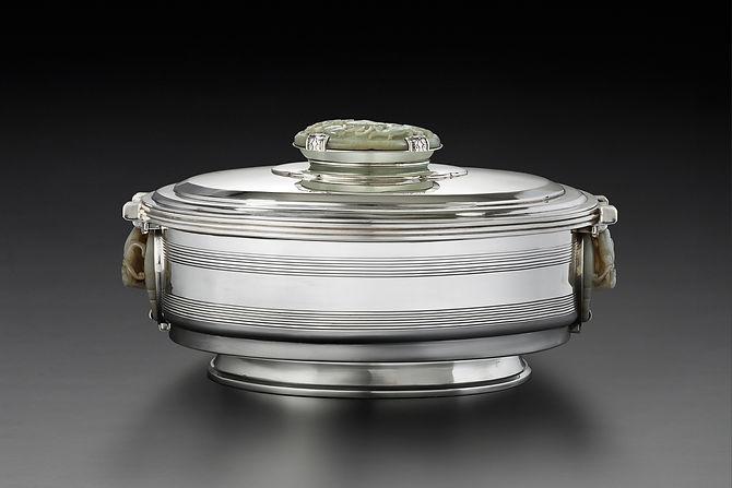 Boin-Taburet Centerpiece