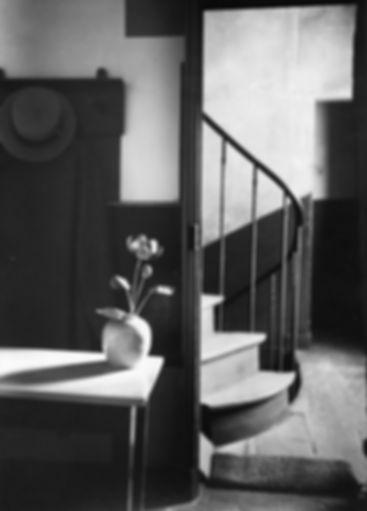 Photo by Andre Kertesz, Chez Mondrian, Paris, 1926