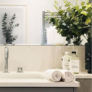 Bathroom design bath vanity and towels