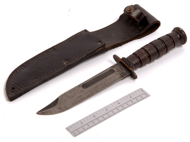 KNIVES & BAYONETS
