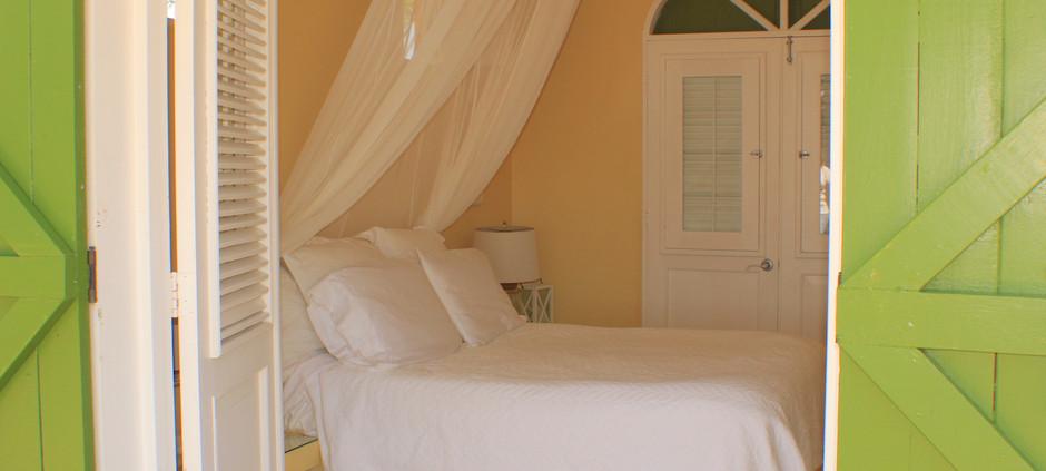 Quenn Bedroom