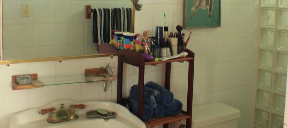 QUEEN BEDROOM 1 BATH