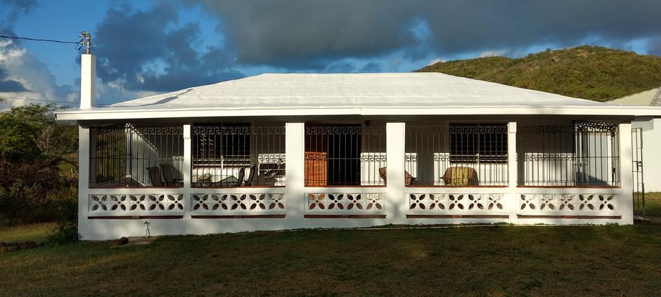 Casa Ani-Front.jpg