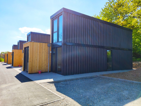 container-side-view-daylight-tiny-house.