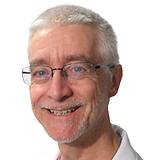 Dr.-Bruce-Pistorius-Full-e1495556258608.
