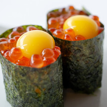 salmon eggs sushi with quail eggs