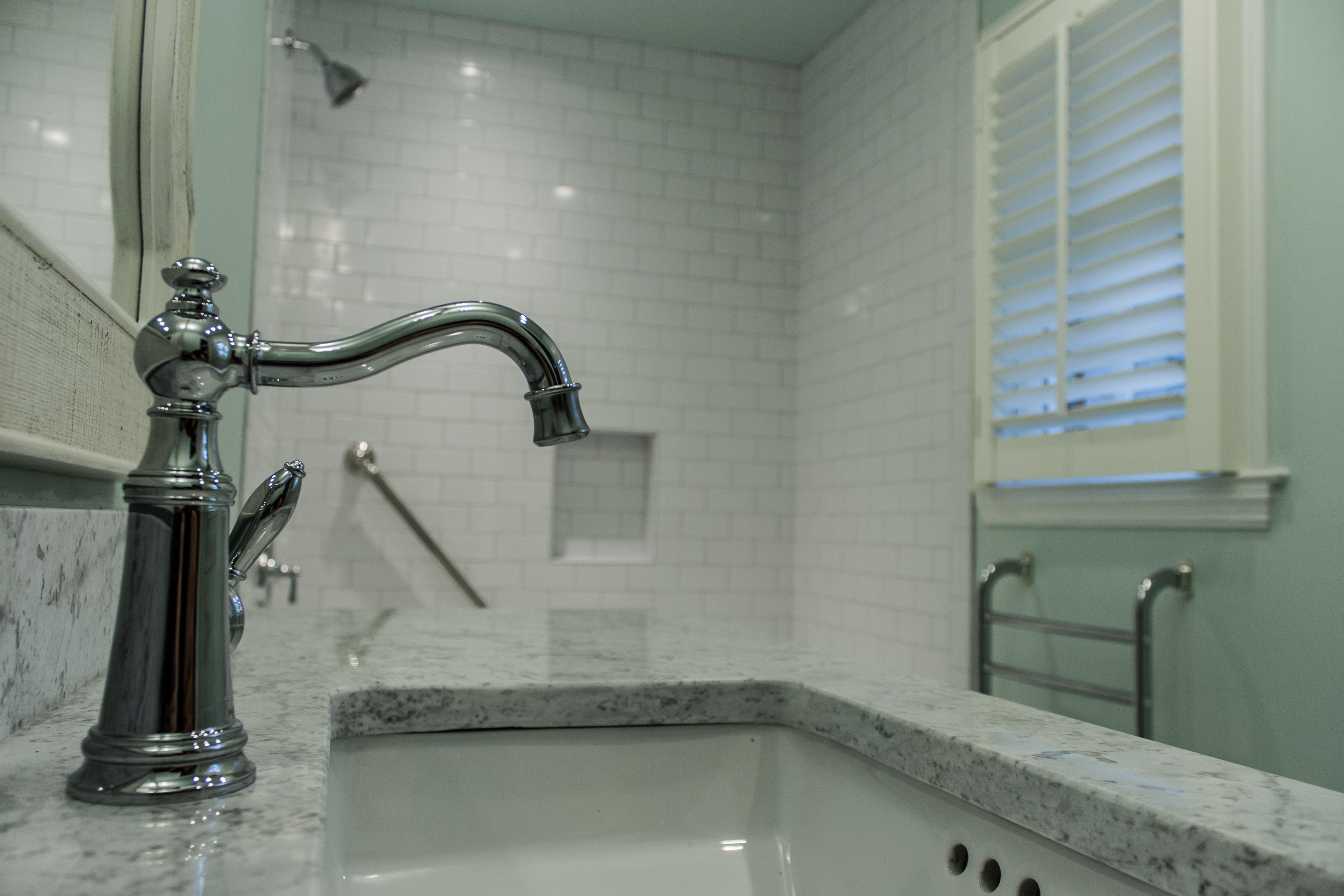 Massey_master_bath-79
