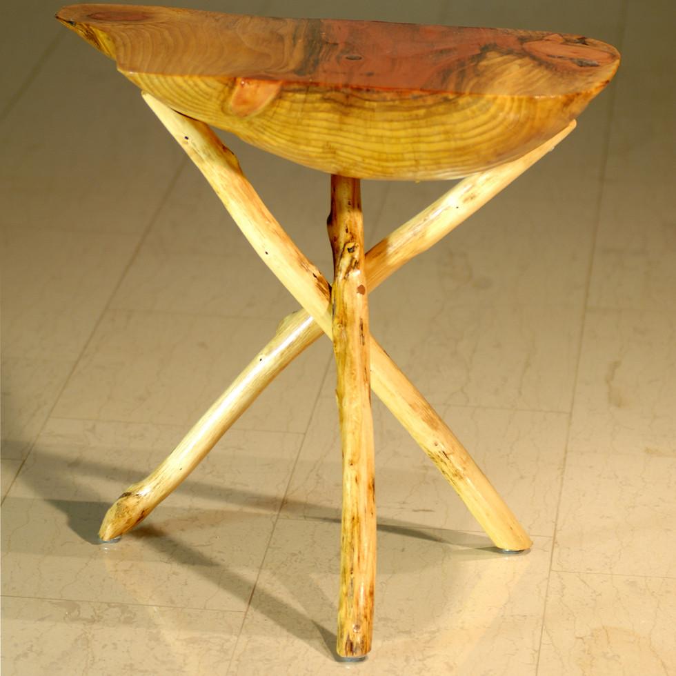 11 Tischchen 1.jpg