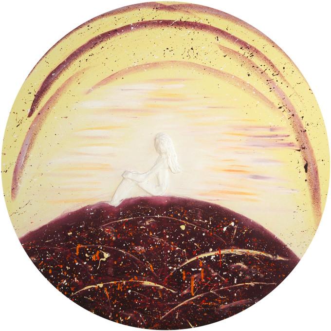 92 Weisse Frau auf rundem Bild.jpg