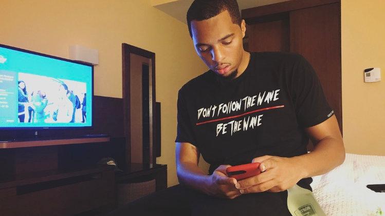 Don't Follow The Wave T-Shirt (Black)