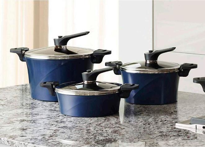 vacuum pots.JPG